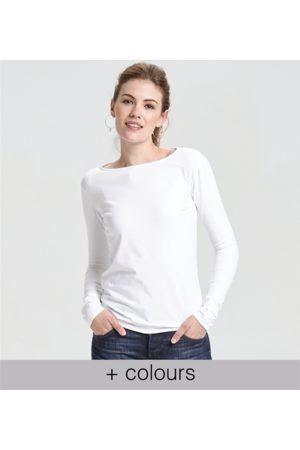 Yunion T Classic Boat Neck Long Sleeve T-shirt