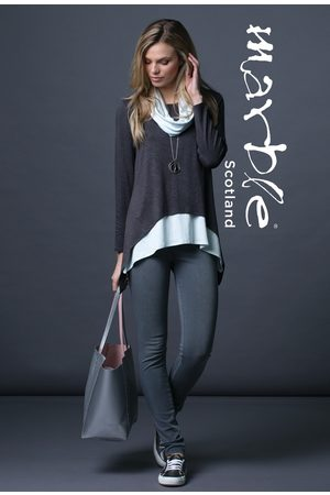 Marble 5529 top with vest top and scarf