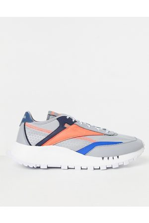Reebok Classic Legacy Pure trainers in