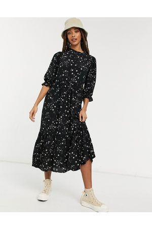 New Look High neck volume sleeve midi dress in star print