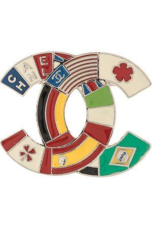 CHANEL 2003 flag motif CC brooch