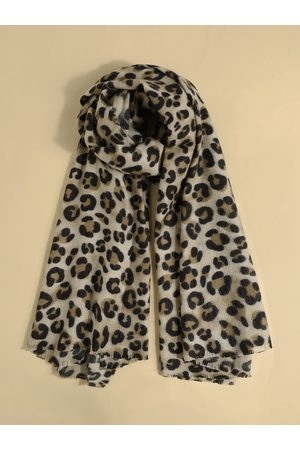 YOINS Tassel Trim Leopard Scarf