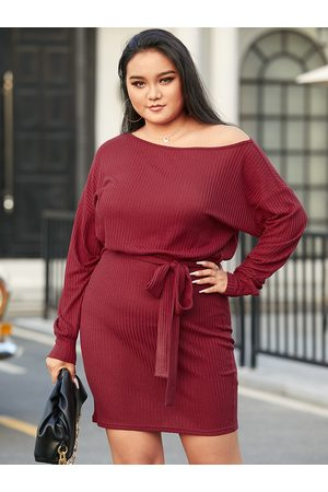 YOINS Plus Size Round Neck Belt Design Long Sleeves Mini Dress