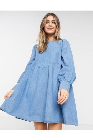 ASOS Women Dresses - Soft denim puff sleeve smock dress in midwash