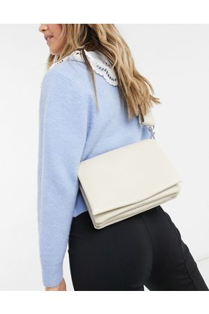 & OTHER STORIES Padded cross body bag in off