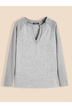 YOINS BASICS V-neck Long Sleeves Knit Top