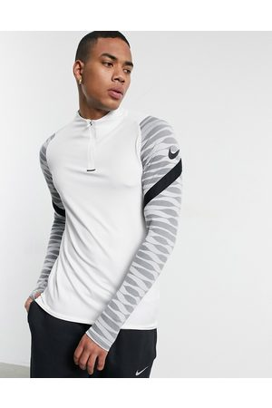 Nike Strike drill top in