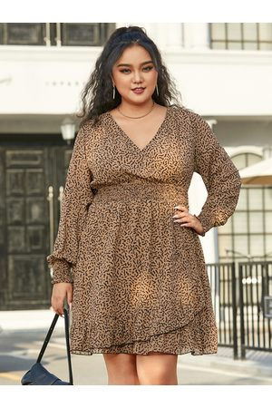 YOINS Plus Size Deep V Neck Shirring Wrap Design Long Sleeves Mini Dress