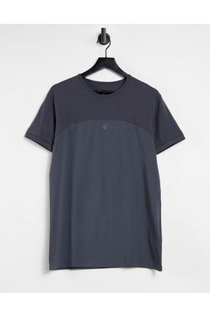 SikSilk Cut and sew muscle fit t-shirt in