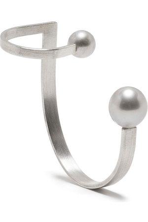 HSU JEWELLERY LONDON Drawing A Circle Pearl Ear Sculpture ear cuff