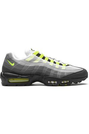 Nike Air Max 95 low-top sneakers