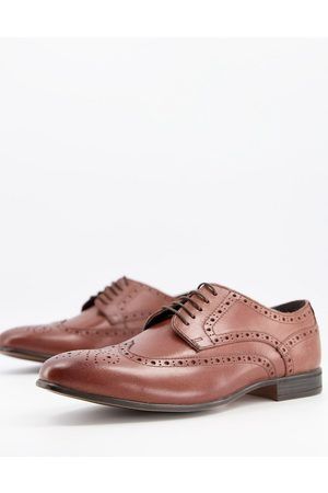Schuh Rowen brogues in leather