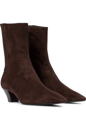 Aquazzura Saint Honoré 45 suede ankle boots