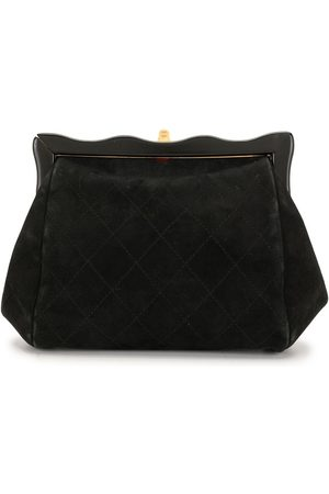 CHANEL 1997 diamond quilted wavy clutch