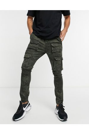 Good For Nothing Cargo trousers with pockets in washed