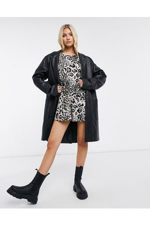 ASOS Women Playsuits - Button back puff sleeve playsuit in animal print-Multi