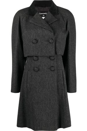 CHANEL Layered double-breasted coat