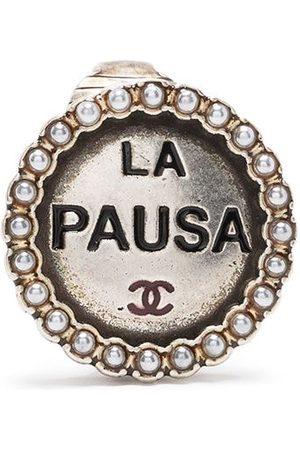 CHANEL La Pausa earrings