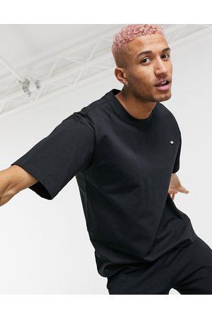 adidas Men Sets - Premium t-shirt co-ord in