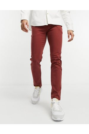 Levis Men Chinos - Levi's xx slim fit twill chino trousers in madder
