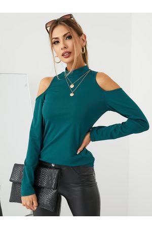 YOINS BASICS Women Cold shoulder Plain Long Sleeves Crop Tee