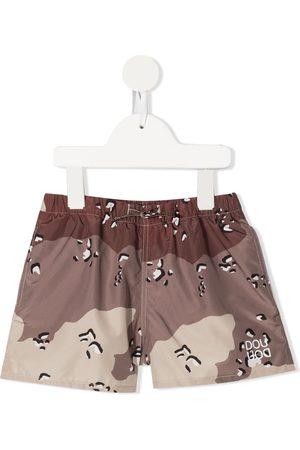 DOUUOD KIDS Camouflage-pattern swim shorts