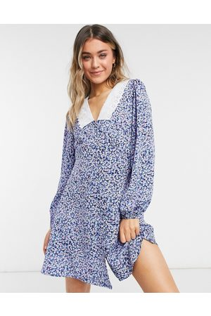 New Look Embroidered collar mini dress in ditsy floral
