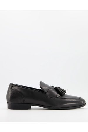 Schuh Ross tassel loafers in leather