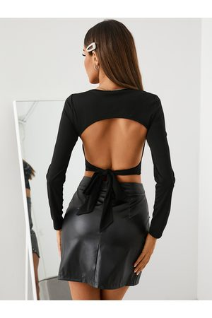 YOINS Cut Out Backless Tie-up Design Crew Neck Long Sleeves Crop Top