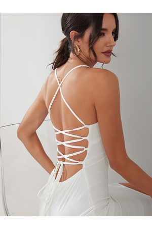 YOINS BASICS Sexy V-neck Open Back Dress
