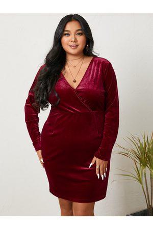 YOINS BASICS Plus Size V-neck Wrap Design Long Sleeves Mini Dress