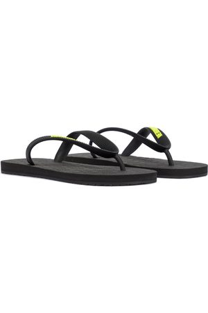 Vetements Logo thong sandals