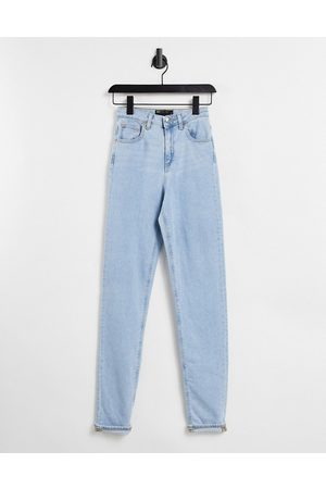 ASOS DESIGN High rise farleigh 'slim' mom jeans in pretty lightwash
