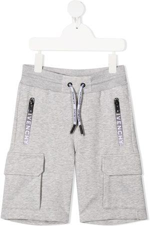 Givenchy Logo zipped shorts