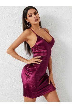 YOINS BASICS Backless Design Deep V Neck Spaghetti Strap Velvet Dress