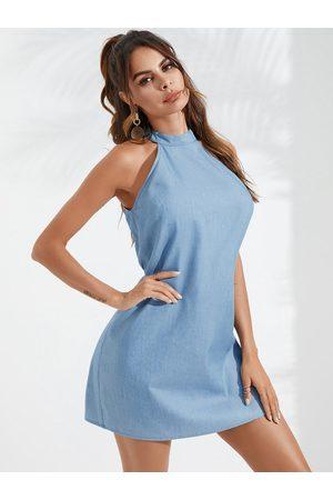 YOINS Casual Halter Sleeveless Denim Dress