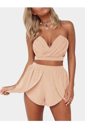 YOINS Sexy Cropped Top & High Waist Shorts Co-ord