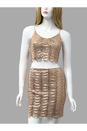YOINS Golden Fashion Crop Top With Shoulder Strap And Mini Short Sequins Co-ord