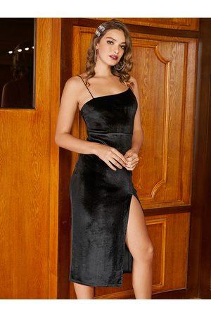 YOINS BASICS Backless Design Halter split Dress
