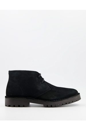 Selected Chukka boot with chunky sole in