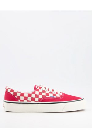 Vans Era 95 dx trainers in red and white