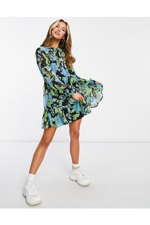ASOS Tiered smock mini dress in dark based floral