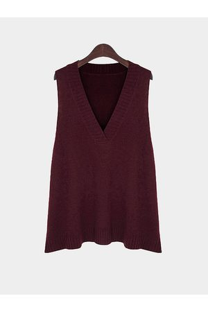 YOINS Women Tank Tops - Plus Size Asymmetric Sleeveless V Neck Sweater In