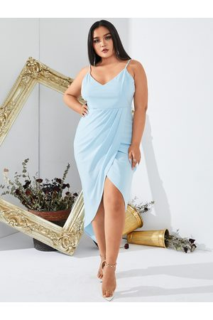 YOINS BASICS Plus Size V-neck Spaghetti Strap Sleeveless Midi Dress