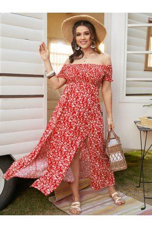 YOINS Plus Size Off The Shoulder Calico Shirring Short Sleeves Maxi Dress