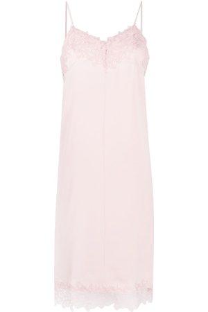 12 STOREEZ Floral lace slip dress