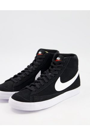 Nike Blazer Mid 77 suede trainers in and white