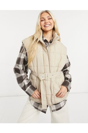 ONLY Quilted gilet with belt in -Neutral