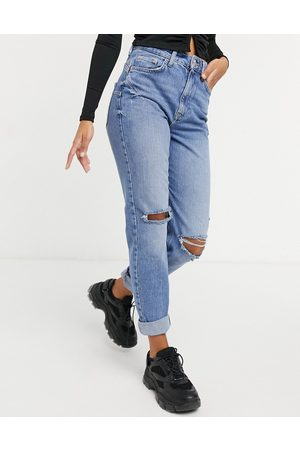 River Island Carrie ripped knee mom jeans in light auth