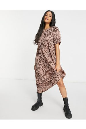 Missguided Smock mini dress with puff sleeve in rust dalmatian